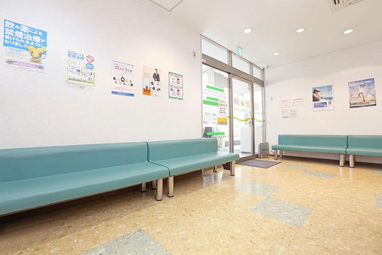 専門医による高度な検査や治療が気軽に受けられる、地域のかかりつけ医